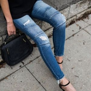 Vici Collection PIPED FRAYED DENIM